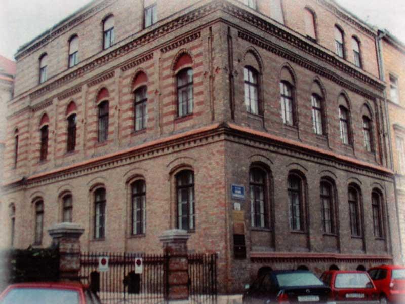 Zgrada Evangeličke crkvene općine u Gundulićevoj.